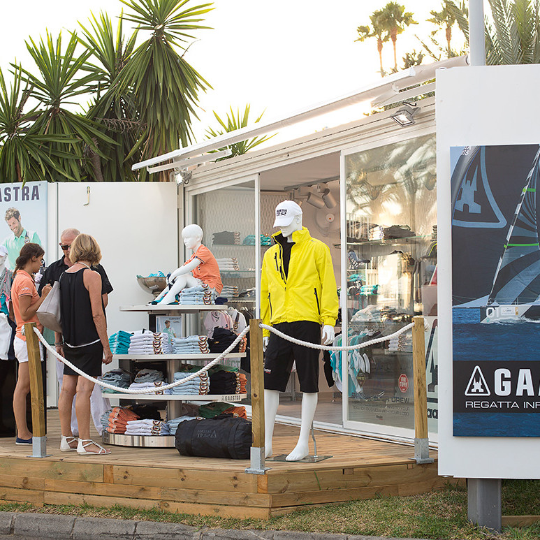 container-custom-Pop-Up-Store-Gaastra-Puerto-Portals-Mallorca-2